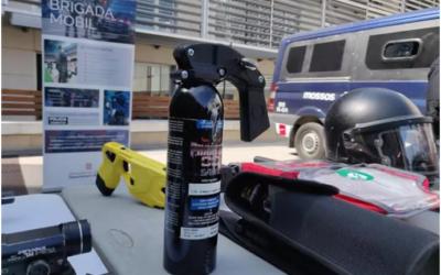 UN SINDICATO DE MOSSOS RECLAMA USAR EL GAS PIMIENTA TRAS SER AUTORIZADO PARA VIGILANTES